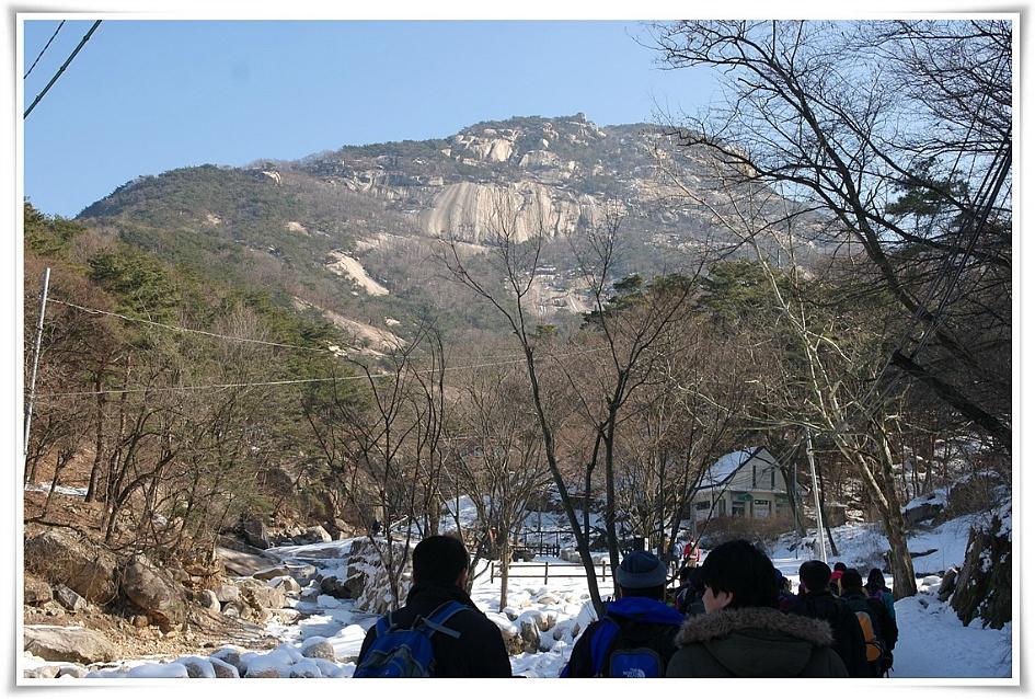 정면에 보이는 북한 정상의 모습