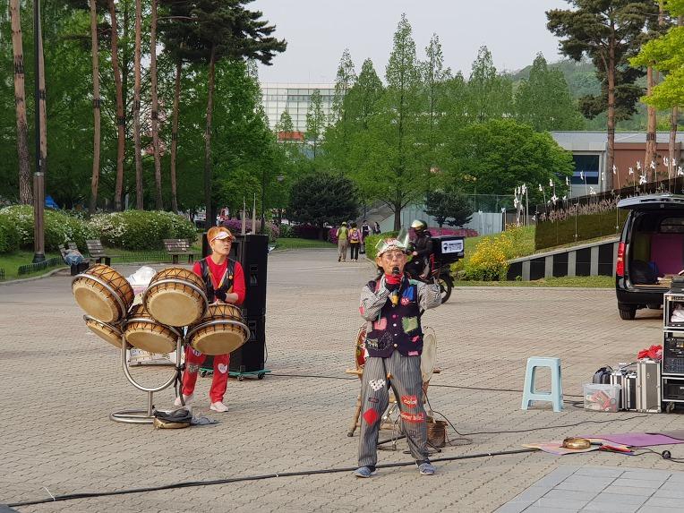 지난 5월 4일 다녀왔던 고양국제꽃박람회 풍경 사진들 마지막 - 세계화훼교류관 외 이모저모